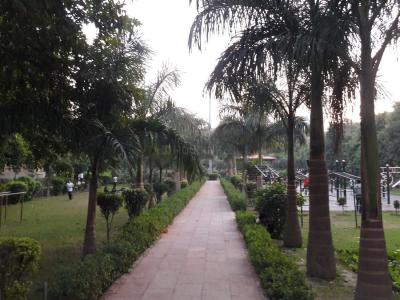Parks Image of 1200 Sq.ft 2 BHK Independent House for rent in Sector 33 for 19500