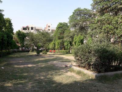 Parks Image of 0 - 1440 Sq.ft 3 BHK Independent Floor for buy in Krishna Floors 1
