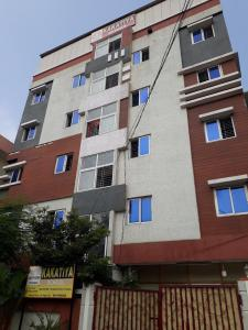 Schools & Universities Image of 1130 Sq.ft 2 BHK Independent House for buy in Saroornagar for 6800000