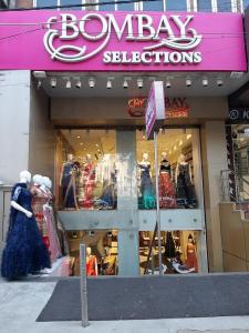 Shopping Malls Image of 0 - 1350 Sq.ft 4 BHK Independent Floor for buy in Pahawa Abode II