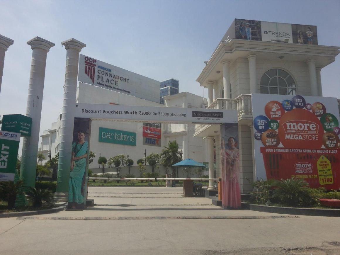 Shopping Malls Image of 1200 Sq.ft 3 BHK Independent House for buy in Beta II Greater Noida for 5400000