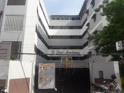 Schools & Universities Image of 450 Sq.ft 1 BHK Apartment for rent in Valasaravakkam for 7000