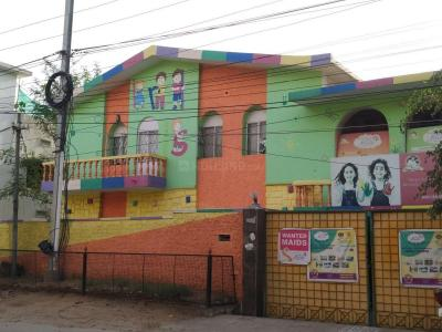 Schools & Universities Image of 3000 Sq.ft 5 BHK Apartment for rent in West Marredpally for 60000