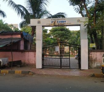 बोरीवली वेस्ट  में 6500000  खरीदें  के लिए 600 Sq.ft 2 BHK इंडिपेंडेंट हाउस के पार्क  की तस्वीर