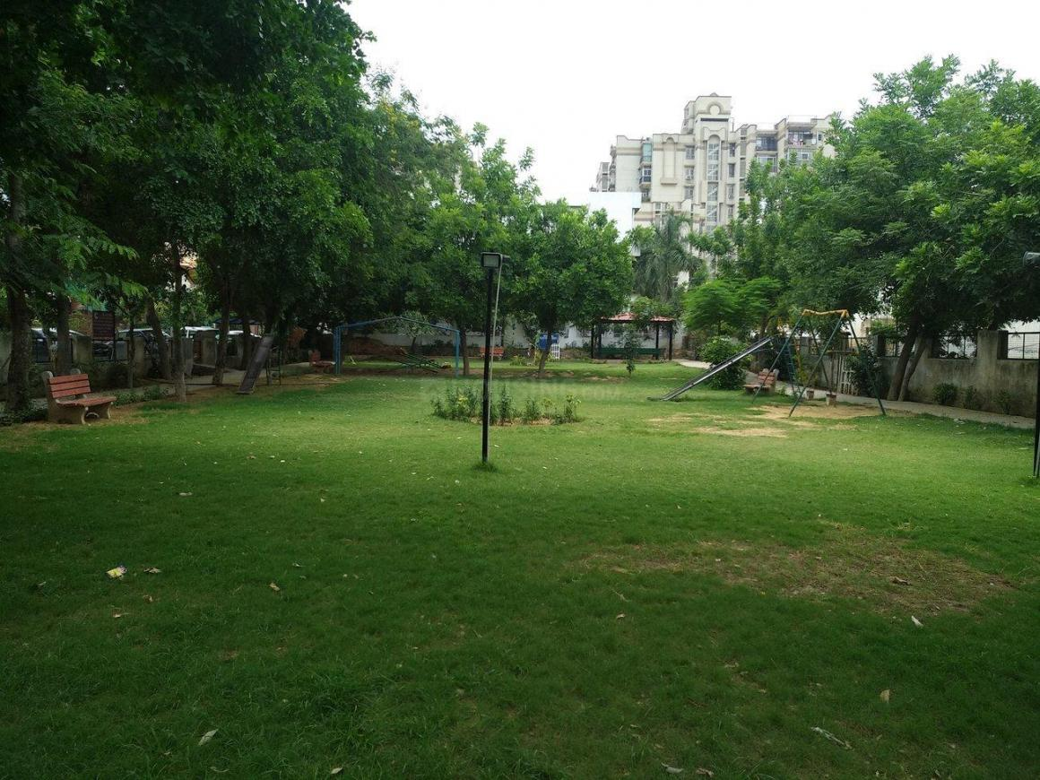 Parks Image of 0 - 1500.0 Sq.ft 3 BHK Apartment for buy in Reputed Vaastu