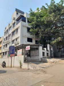 Hospitals & Clinics Image of 306.0 - 508.0 Sq.ft 1 BHK Apartment for buy in 1 Goldleaf