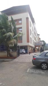 Hospitals & Clinics Image of 546.38 - 835.6 Sq.ft 2 BHK Apartment for buy in Balaji Delta Central