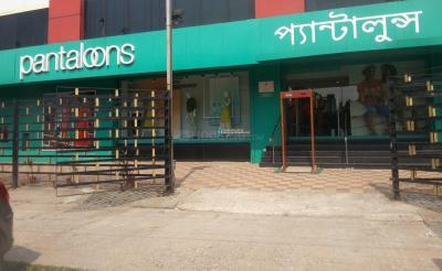 Shopping Malls Image of 746 - 1234 Sq.ft 2 BHK Apartment for buy in NPR Gitanjali Apartments