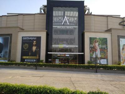 Shopping Malls Image of 1660.0 - 1800.0 Sq.ft 4 BHK Apartment for buy in Ardee The Residency