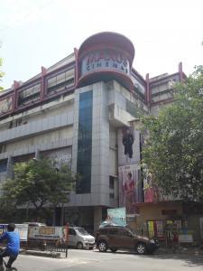 बोरीवली वेस्ट  में 6500000  खरीदें  के लिए 6500000 Sq.ft 2 BHK इंडिपेंडेंट हाउस के शॉपिंग मॉल  की तस्वीर