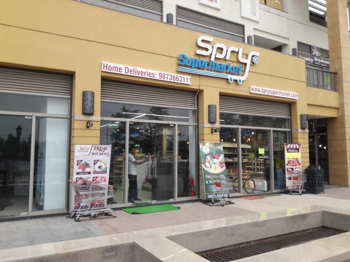 Groceries/Supermarkets Image of 2966 Sq.ft 4 BHK Apartment for buy in Sector 67 for 25000000