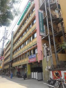 Hospitals & Clinics Image of 725.0 - 1375.0 Sq.ft 2 BHK Apartment for buy in SK Royal Aangan