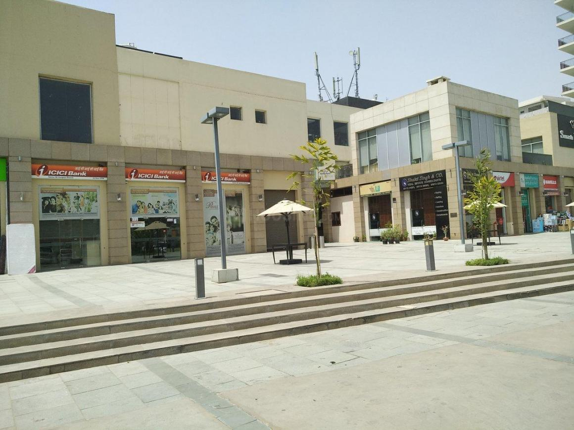 Groceries/Supermarkets Image of 1661 Sq.ft 3 BHK Independent Floor for buy in Sector 82A for 10500000