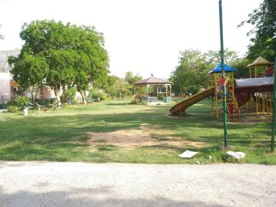 Parks Image of 0 - 2400 Sq.ft 3 BHK Independent Floor for buy in Bunty Floors 7