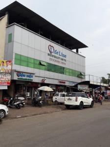 Hospitals & Clinics Image of 354.0 - 616.0 Sq.ft 1 RK Apartment for buy in B V Vitthal Rukmini Tower