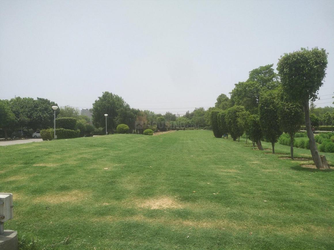 Parks Image of 630 - 900 Sq.ft 2 BHK Apartment for buy in Vaibhavi Shri Krishna Apartment