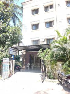 Hospitals & Clinics Image of 1851.0 - 3897.0 Sq.ft 3 BHK Apartment for buy in Naiknavare Pride The Spires