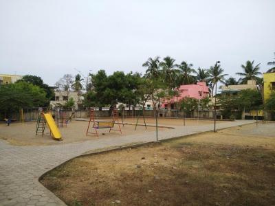 एम सी वर्षा होम्स में खरीदने के लिए 889.0 - 900.0 Sq.ft 2 BHK अपार्टमेंट पार्क  की तस्वीर