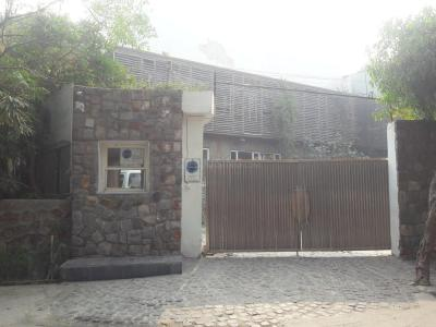 Schools & Universities Image of 950 Sq.ft 1 BHK Independent House for rent in Sector 22 for 14000