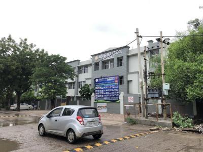 Schools &Universities Image of 0 - 1900 Sq.ft 3 BHK Independent Floor for buy in Nav Mahal Floors 1