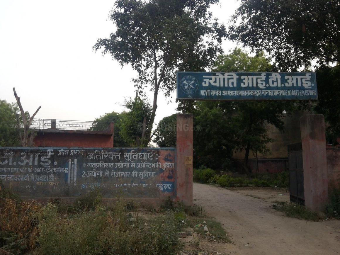 Schools &Universities Image of 0 - 630.0 Sq.ft 2 BHK Apartment for buy in Salvos Shivam Residency