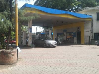 Petrol Pumps Image of 781.0 - 1908.0 Sq.ft 2 BHK Apartment for buy in Piramal Aranya Arav Tower
