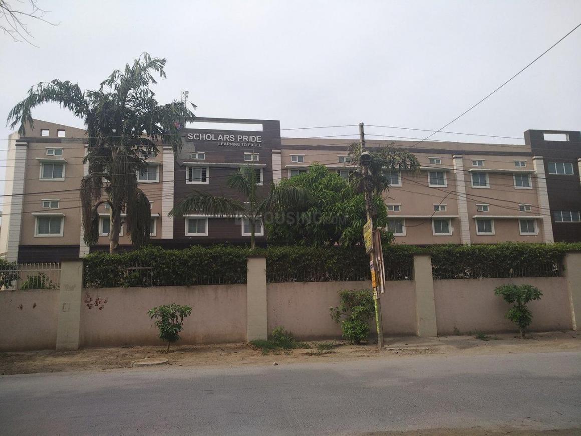 Schools & Universities Image of  Sq.ft Residential Plot for buy in Sector 16 for 10000000