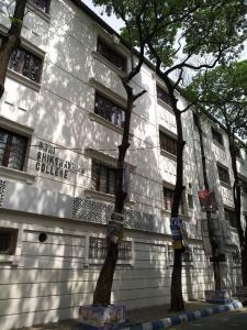 Schools &Universities Image of 4200.0 - 5200.0 Sq.ft 4 BHK Apartment for buy in Orbit Victoria