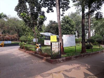 कुकरेजा इस्टेट, चेंबूर  में 17000000  खरीदें  के लिए 17000000 Sq.ft 2 BHK अपार्टमेंट के पार्क  की तस्वीर
