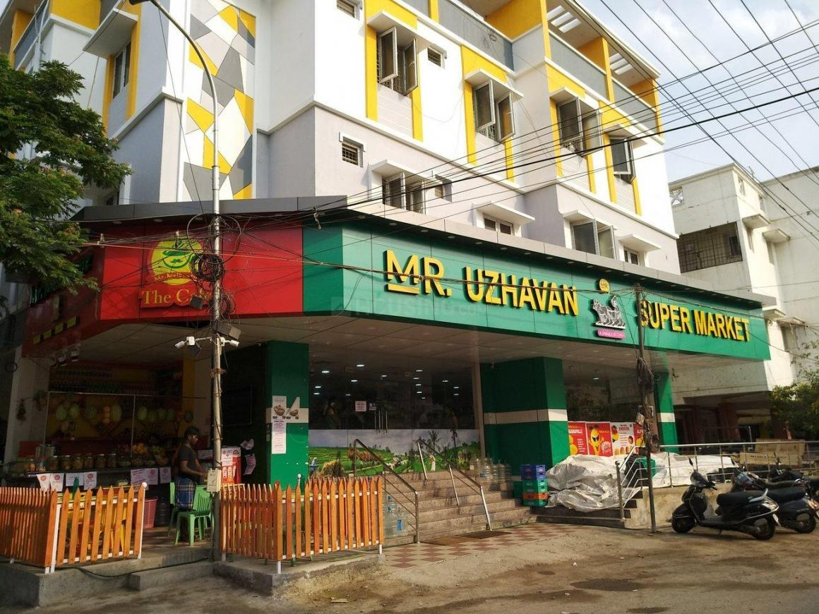 Groceries/Supermarkets Image of 1100 Sq.ft 2 BHK Apartment for buy in Perungudi for 5500000