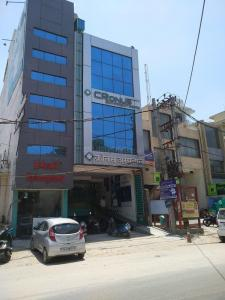 Hospitals & Clinics Image of 550 Sq.ft 1 BHK Independent Floor for rentin Chhattarpur for 8000