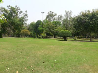 Parks Image of 3600 Sq.ft 3 BHK Independent Floor for rent in Neeti Bagh for 160000