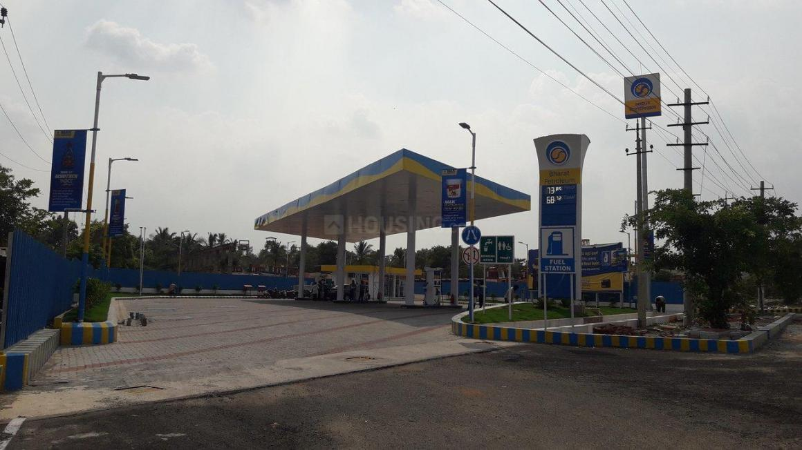Petrol Pumps Image of 950 Sq.ft 2 BHK Apartment for buy in Chandapura for 2400000