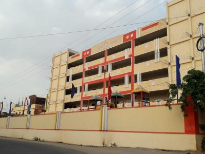 Schools & Universities Image of 600 Sq.ft 1 BHK Villa for rent in Mallapur for 5000