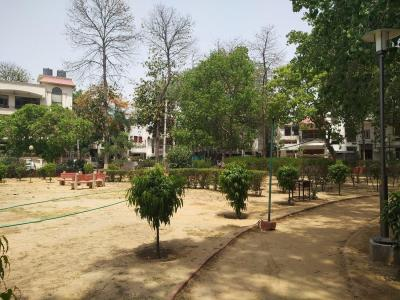 Parks Image of 1519.0 - 1767.0 Sq.ft 3 BHK Apartment for buy in DLF Oakwood Estate
