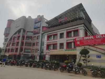 Shopping Malls Image of 0 - 2210 Sq.ft 4 BHK Apartment for buy in Parkview Floors