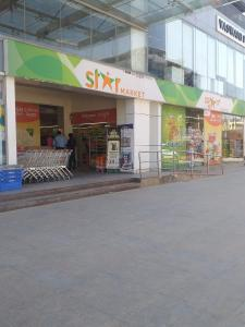 Groceries/Supermarkets Image of 1196.0 - 2470.0 Sq.ft 2 BHK Apartment for buy in LGCL United Towers