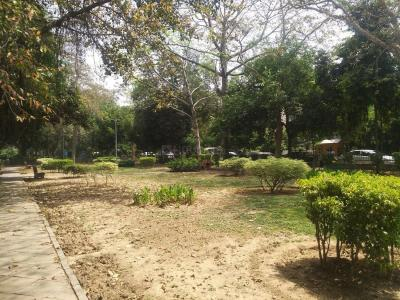 Parks Image of 0 - 4000 Sq.ft 4 BHK Duplex for buy in Kailash Nath E 112 Malcha Marg