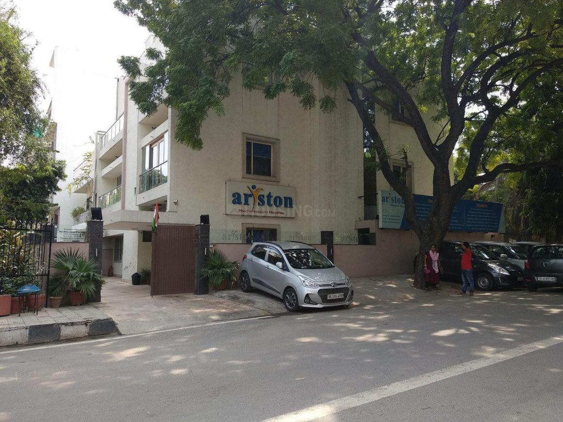 Hospitals & Clinics Image of 1125 Sq.ft 3 BHK Independent House for buyin Chittaranjan Park for 16500000