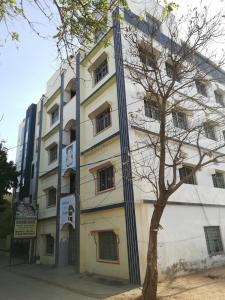 Schools &Universities Image of 1120.0 - 1150.0 Sq.ft 2 BHK Apartment for buy in Jayanti Western Prime