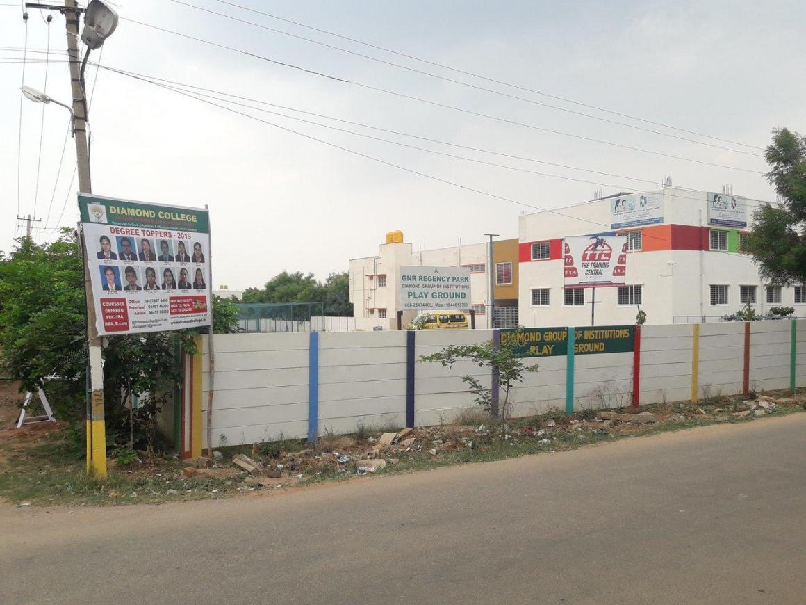 Diamond Pu College