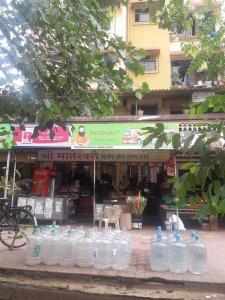 Groceries/Supermarkets Image of 550 Sq.ft 1 BHK Apartment for buy in Raj Shree Nirman Krishna Horizon, Nalasopara West for 2200000