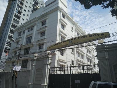 Schools &Universities Image of 2315.0 - 2455.0 Sq.ft 4 BHK Apartment for buy in Aspirations Aloft