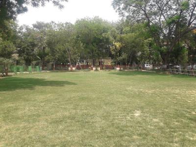 वीकेजी काल्का प्रॉपर्टीज़ 3 में खरीदने के लिए 3 - 1500 Sq.ft 3 BHK विला पार्क  की तस्वीर