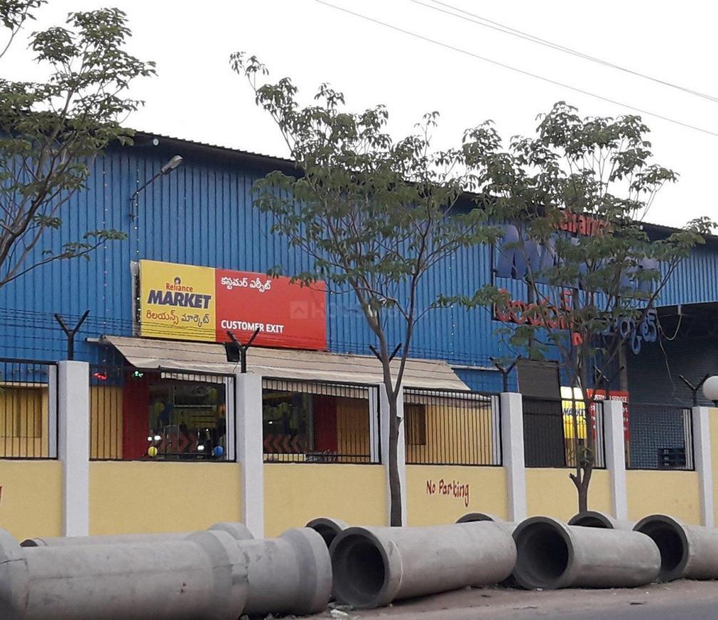 Groceries/Supermarkets Image of 1143.13 - 1731.27 Sq.ft 2 BHK Apartment for buy in Vasavi Sri Nilayam