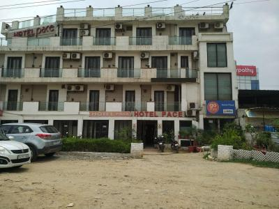 Food & Drinks Section Image of 9000 - 52000 Sq.ft Office Office for buy in Bharti Celesta Point