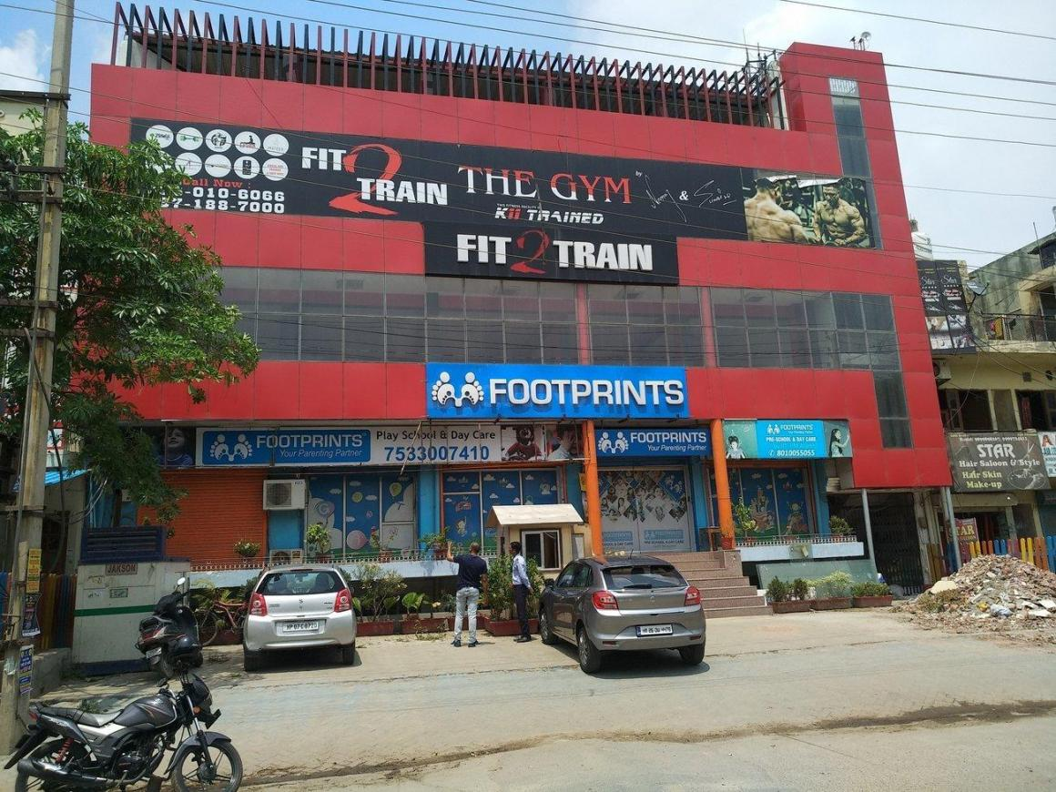 Schools & Universities Image of 675 Sq.ft 3 BHK Independent House for buy in Sector 3A for 5400000