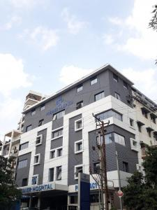 Hospitals & Clinics Image of 1650 Sq.ft 3 BHK Apartment for rentin Mehdipatnam for 30000