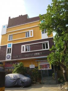 Schools & Universities Image of 1250 Sq.ft 2 BHK Apartment for buy in Sanath Nagar for 6600000