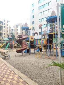 Parks Image of 1045 Sq.ft 2 BHK Apartment for buy in Shapoorji Vanaha, Bavdhan for 6500000